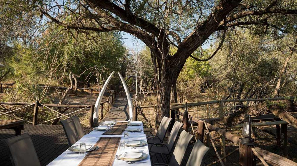 Repas dans la nature d'Ezulwini River Lodge