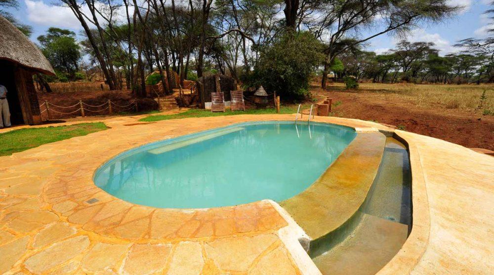 La piscine du Swala Camp en Tanzanie dans le parc de Tarangire