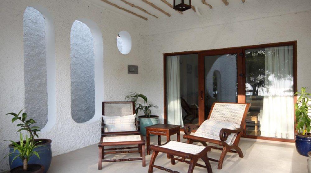 La terrasse devant la chambre