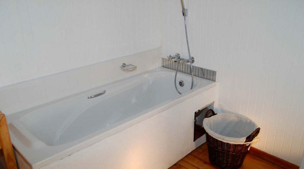 La salle de bains d'une chambre au Graskop Hotel