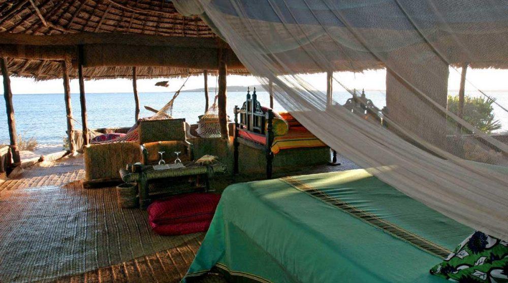 Vue sur la mer depuis une chambre du Kiwayu Safari Village