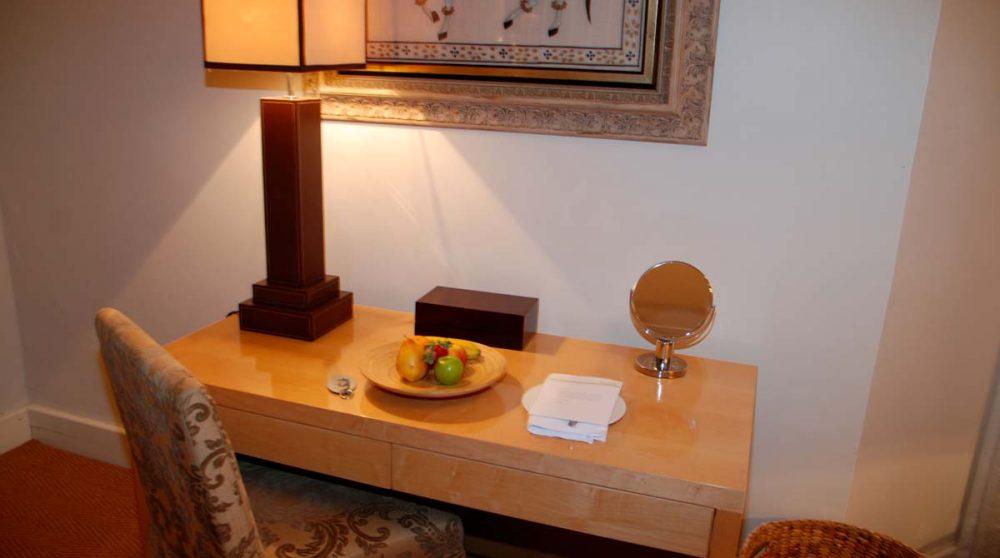 Bureau dans une chambre du Cape Cadogan