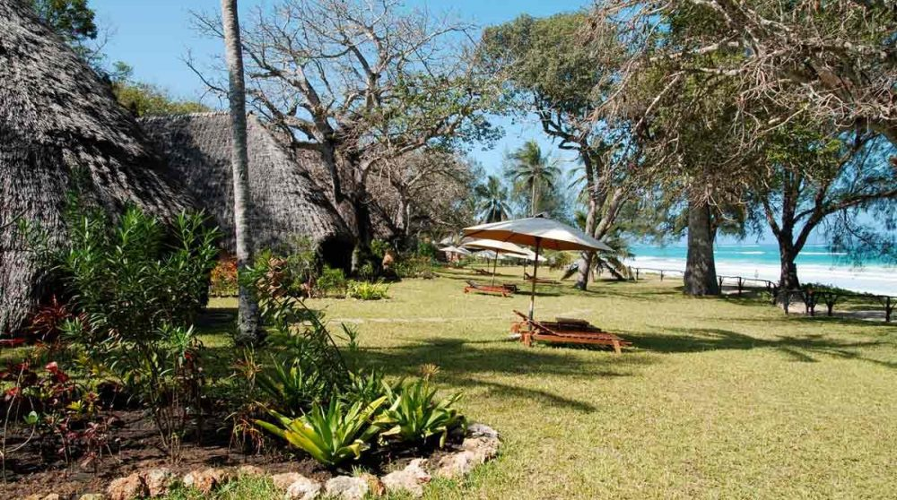 Le jardin avec la plage au Sands at Nomad