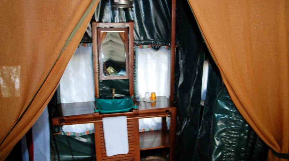 Autre vue d'une tente au Kenya