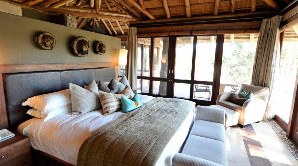 Un lit dans une chambre en Afrique du Sud