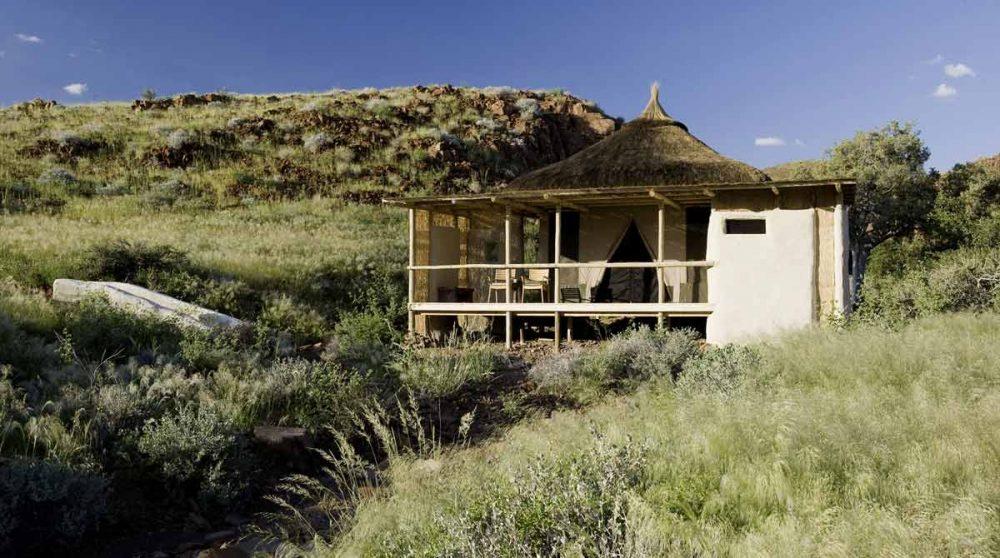 Une tente vue de loin en Namibie