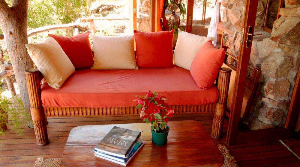Canapé sur la terrasse