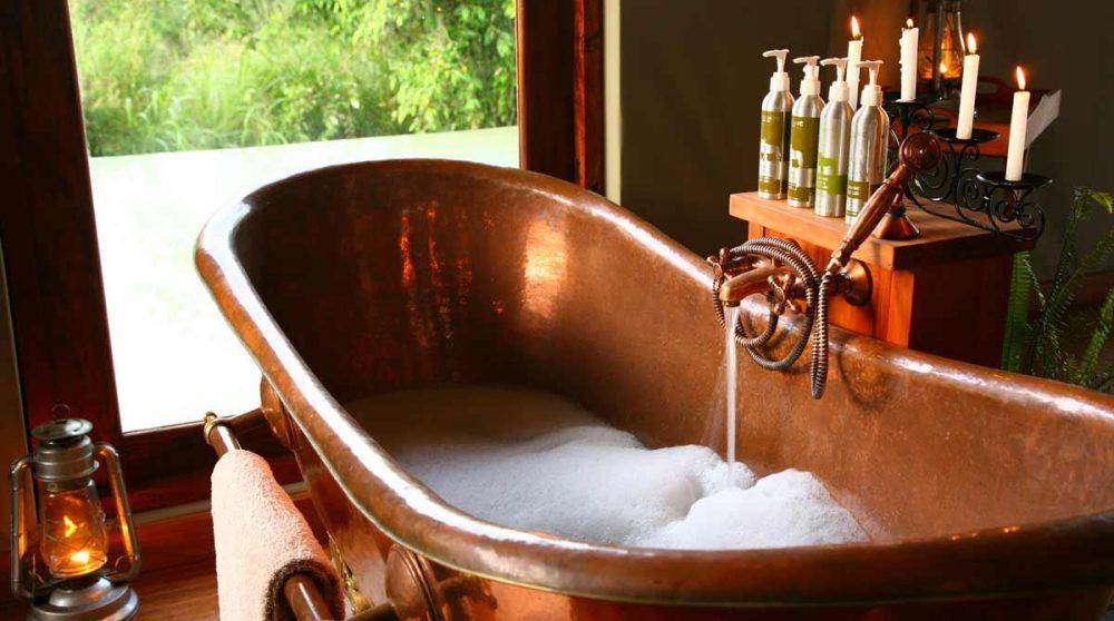 La baignoire dans la tente Honeymoon