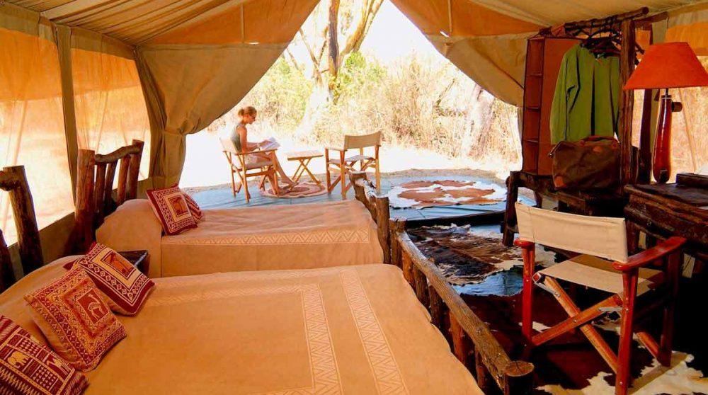 Vue générale de l'une des tentes