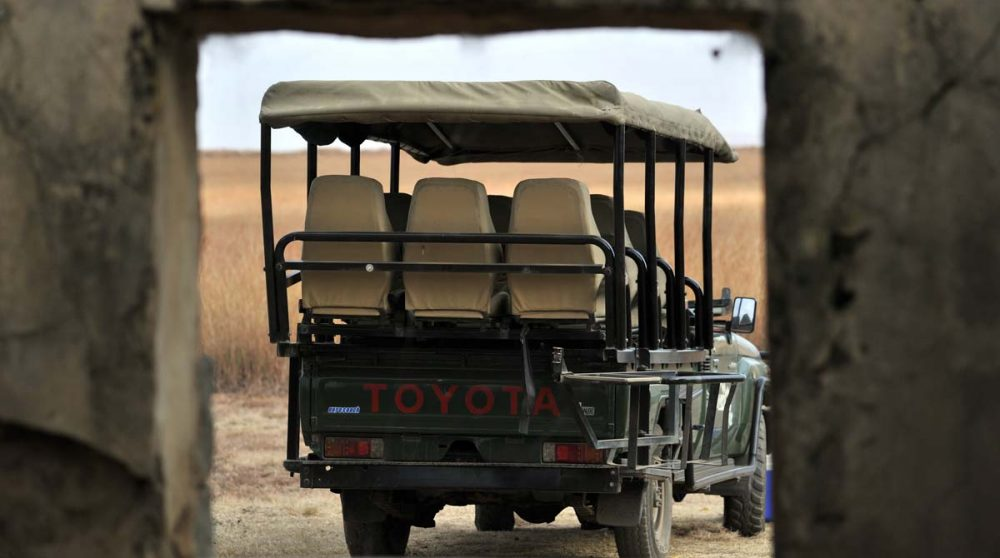 Un véhicule pour partir en safari à l'Esiweni Lodge