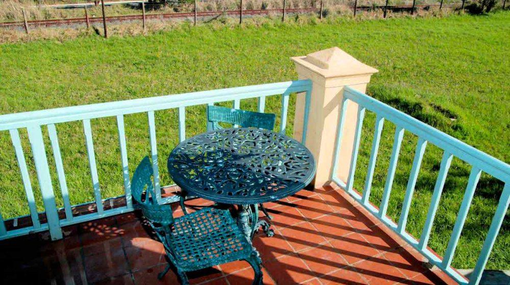 Terrasse d'une chambre garden cottage au Franschhoek Contry House