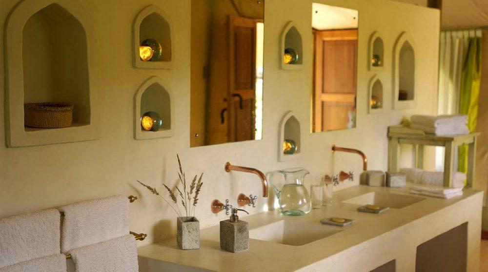 Salle de bains au Joys Camp