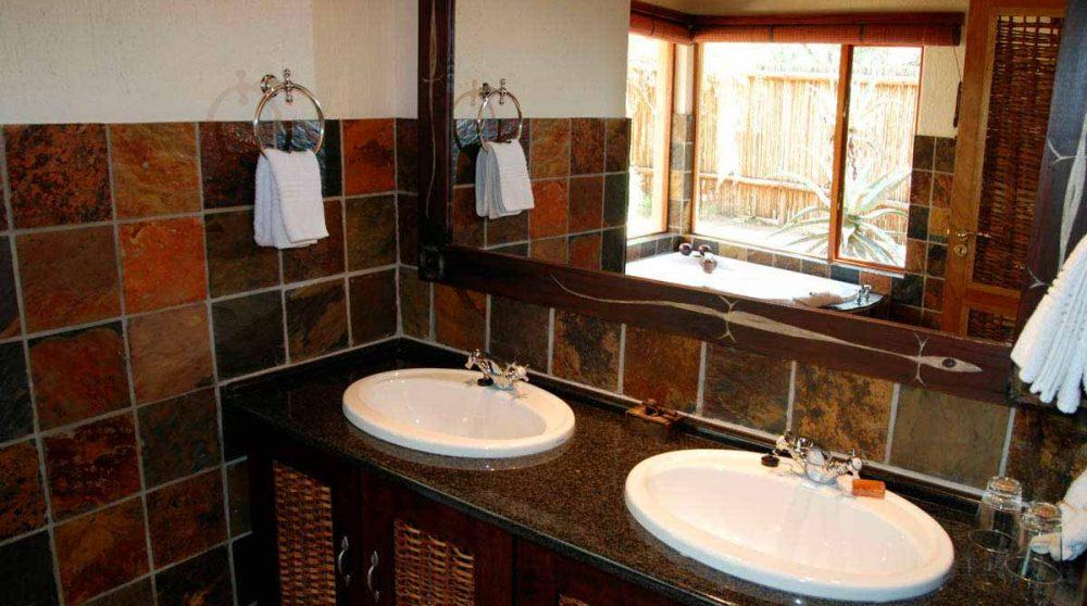 La salle de bains à Thornybush