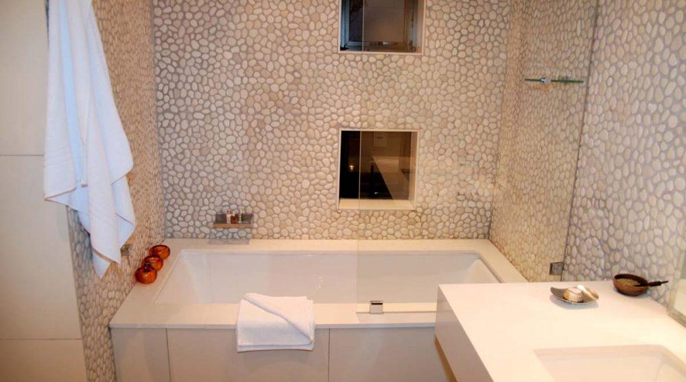 La salle de bains dans une chambre superior au Cap