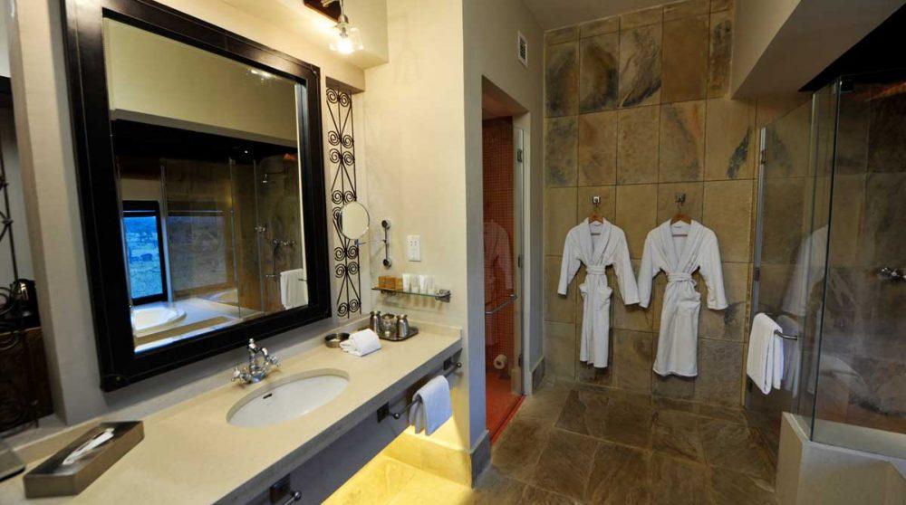 La salle de bains dans le Serengeti