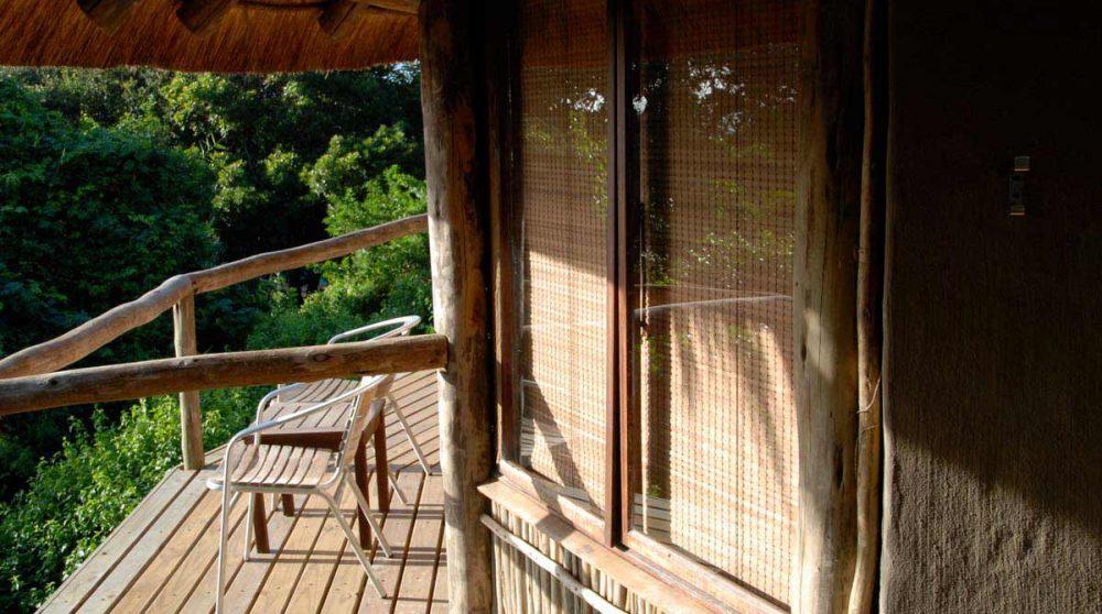Un balcon d'un lodge