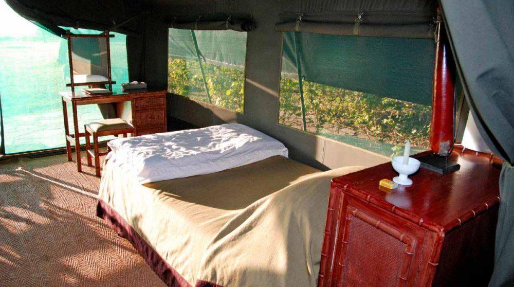 Intérieur d'une tente luxury au Kichwa Tembo