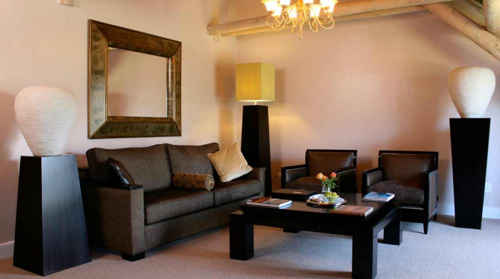 Le salon de la suite au Mont Rochelle