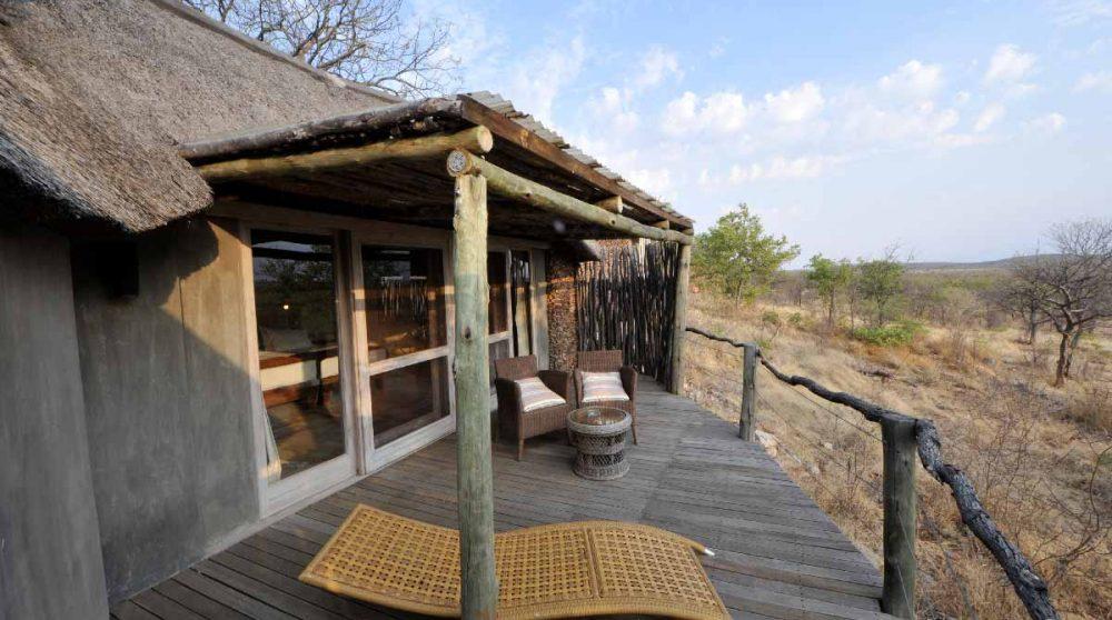 Terrasse d'une chambre à l'Ongava Lodge