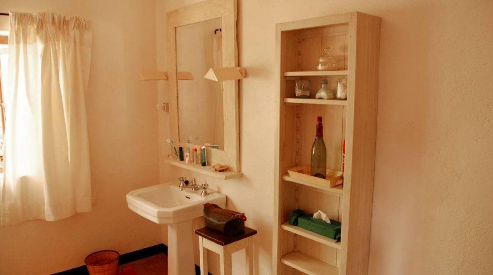 La salle de bains d'une chambre au Sosian