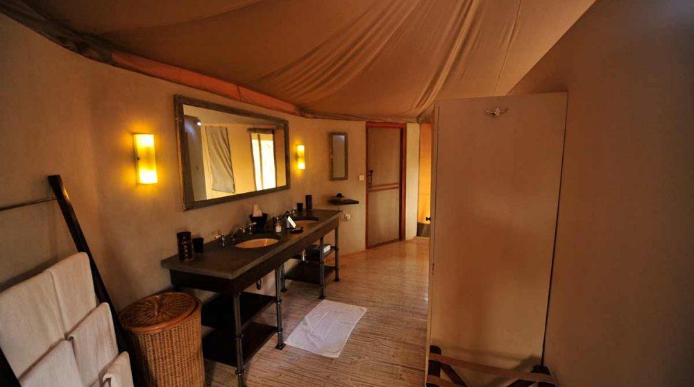Salle de bains au Swala Camp