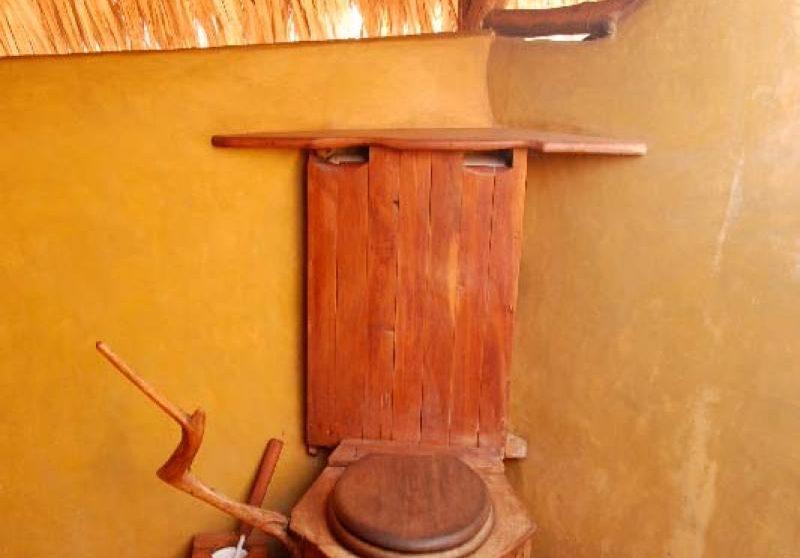 Les toilettes dans une salle de bains à Laikipia