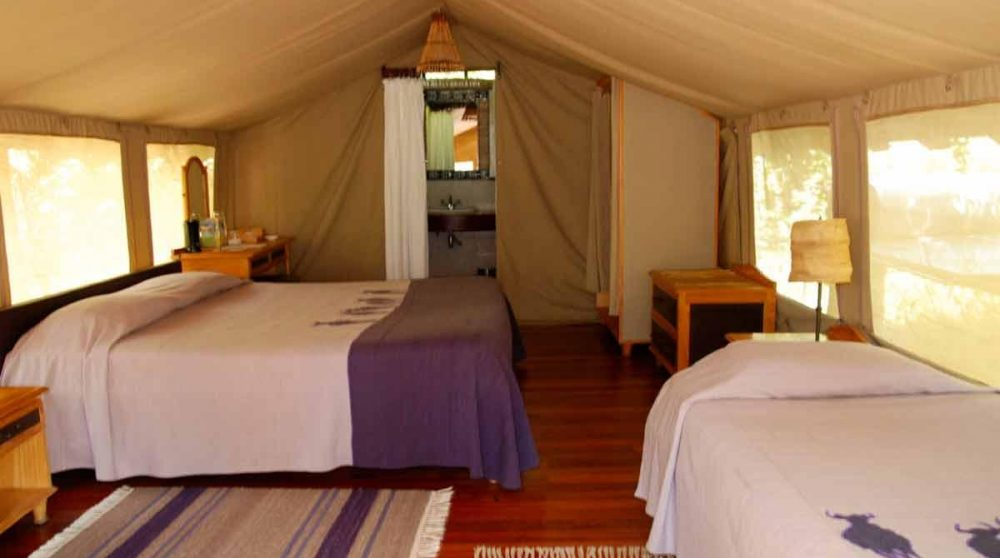Tente triple au Kenya