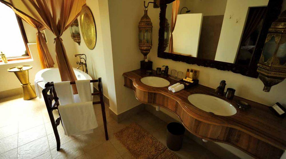 Autre vue de la salle de bains en Tanzanie