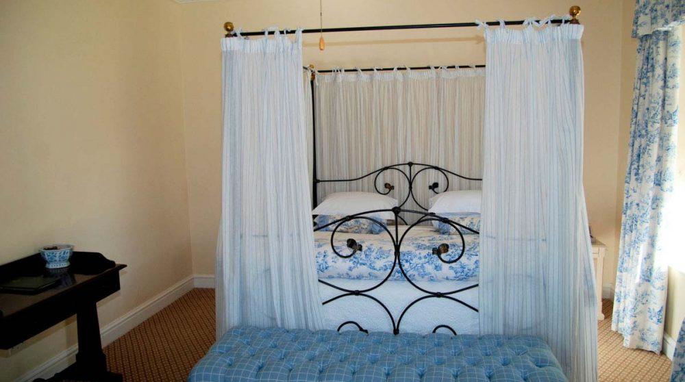 Le lit d'une chambre victorian