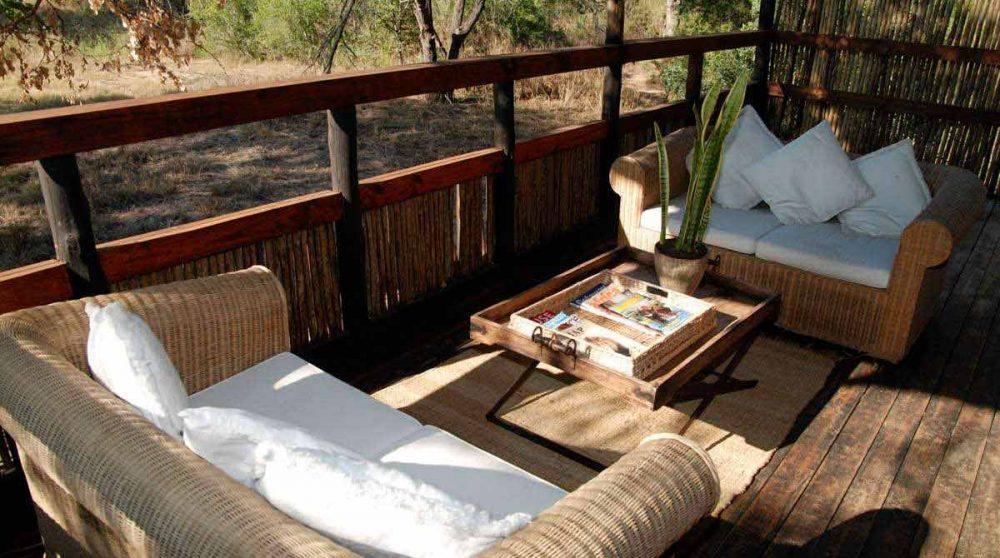 Canpés sur un balcon à Sabi Sand