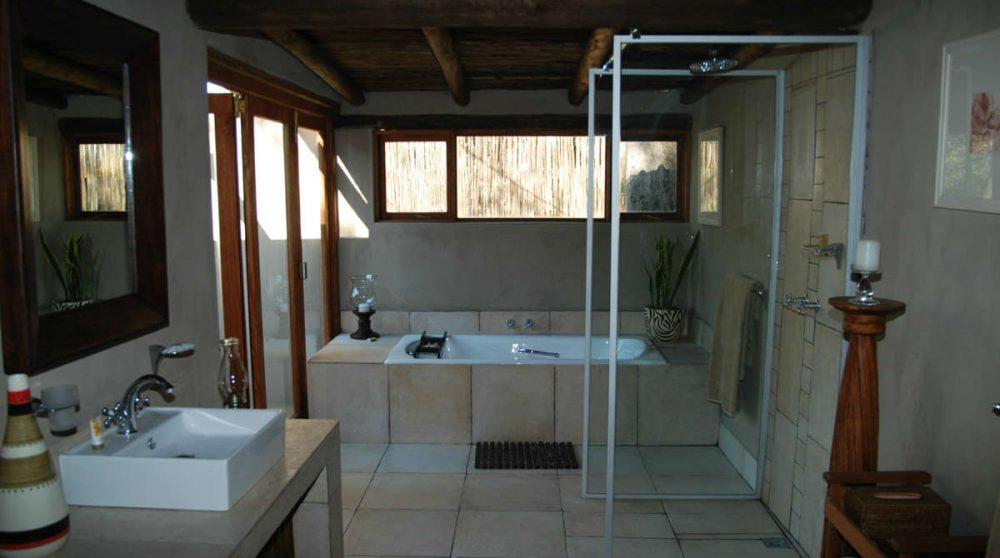 Grande salle de bains d'un chalet du Notten's