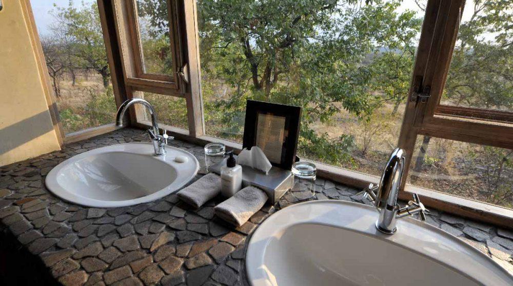 Lavabos à l'Ongava Lodge