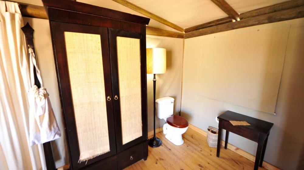 Armoire dans une chambre du Wolwedans Dunes Lodge