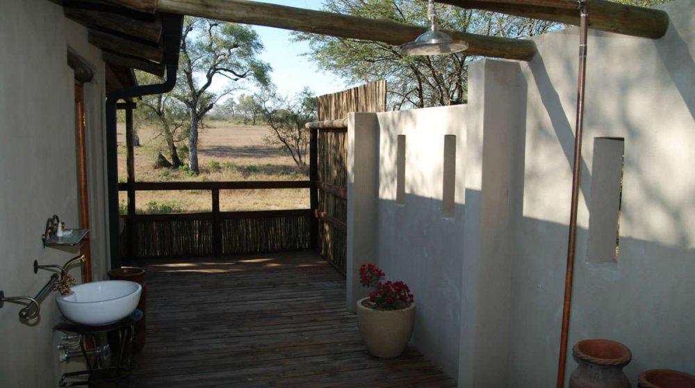 Une douche extérieure en Afrique du Sud
