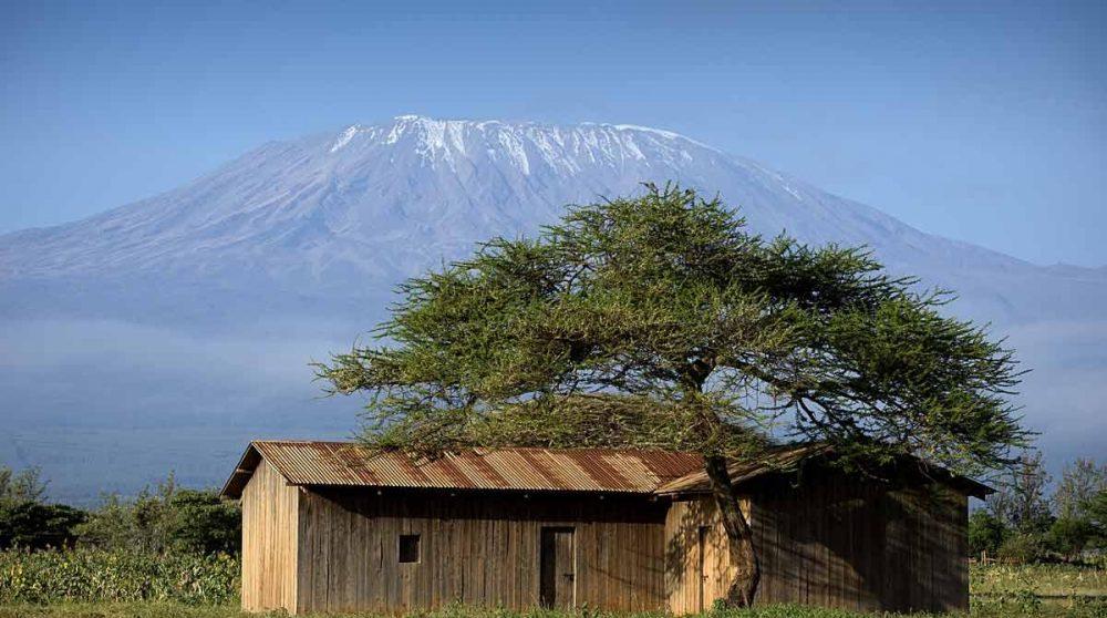 Le Kilimandjaro vu depuis Amboseli