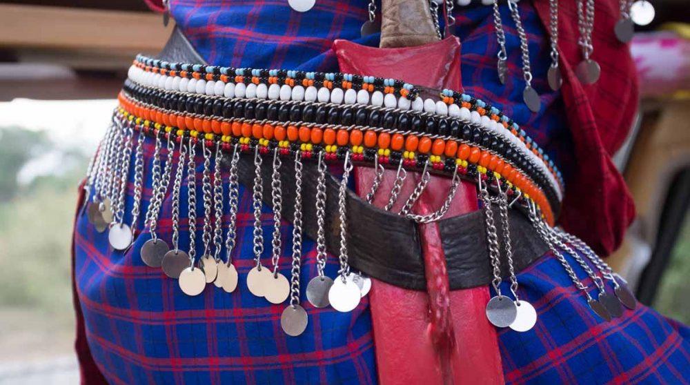 Une tenue traditionnelle dans le Masai MARA