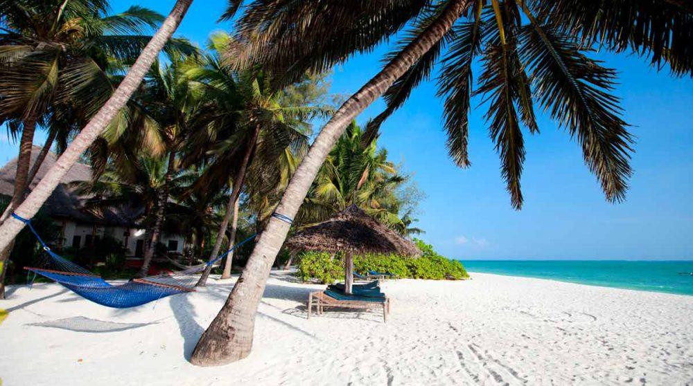 La plage de Zanzibar pour finir votre voyage en Tanzanie